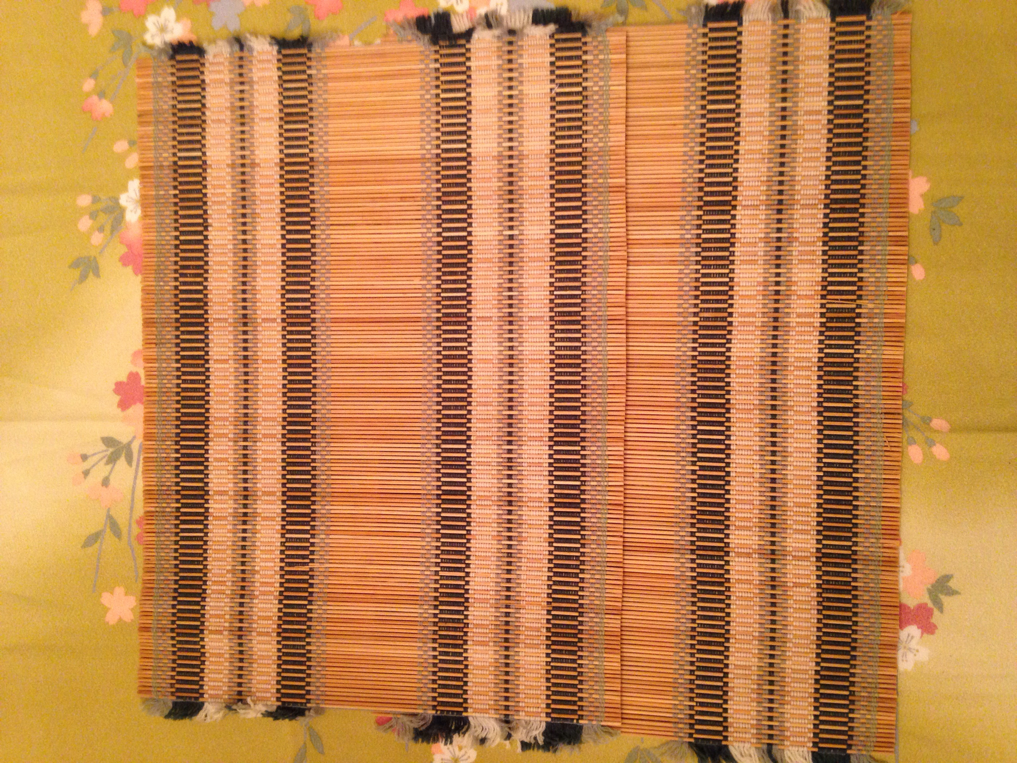 Used     2 Bamboo Placemats